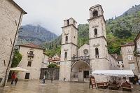 モンテネグロ コトル 旧市街 聖トリプン大聖堂