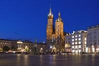 ポーランド クラクフ 中央市場広場