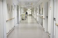 ドイツ フライブルク 病院の廊下
