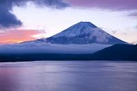 山梨県 富士山 朝焼け