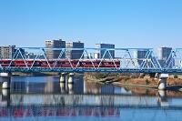 神奈川県 多摩川と電車
