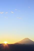 山梨県 櫛形山より富士山と朝日