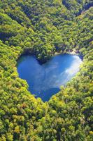 北海道 ハート型の豊似湖