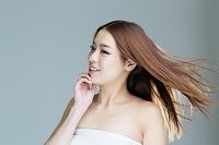 髪の綺麗な20代日本人女性