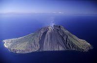 イタリア シチリア島 ストロンボリ火山