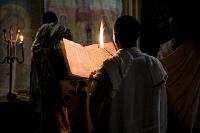 祈りをする人々/聖救世主教会