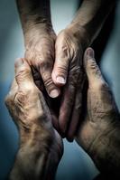 シニア夫婦の手