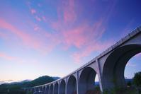 長野県 上田市 上田ローマン橋と夕焼け