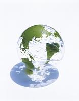 地球儀と影