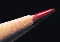 赤の色鉛筆の先端