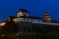 愛媛県 今治城 小雨の夜明け前