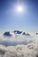 愛媛県 石鎚山と沸き上がる雲海