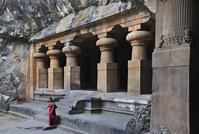 インド ムンバイ エレファンタ石窟群 第1窟シヴァ寺院 東院...
