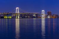 東京都 江東区 豊洲ぐるり公園からのレインボーブリッジ