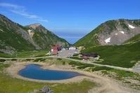 乗鞍岳・大黒岳から畳平を見下ろす 岐阜県・長野県
