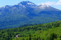 北海道 三国峠 国道273号とニペソツ山