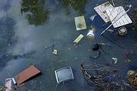 ため池の不法投棄