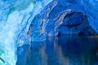 大分県 古生代に形成された稲積水中鍾乳洞