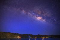 東京都 小笠原諸島 父島 大村海岸(前浜)の星空に煌めく天の川