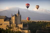 セゴビア アルカザール 熱気球と城