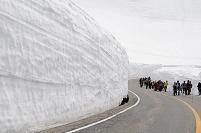 富山県 雪の大谷ウォークの風景
