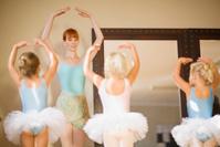 バレエを習う女の子