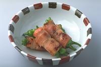 シシトウのベーコン巻き焼き