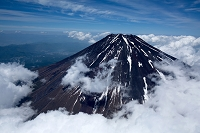 富士山と雲(3,500m)