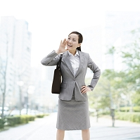 スーツのビジネスウーマン