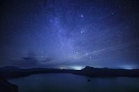 北海道 摩周湖と星空