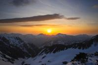 富山県 剣御前から望む夜明けの後立山連峰