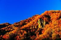 北海道 夕日に映える定山渓の岩峰