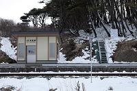 岩手県 震災後の八戸線 避難ばしご(2012年3月)