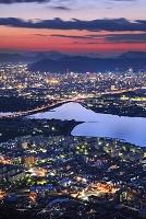 香川県 高松市街の夕景