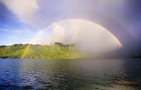タヒチ 海にかかる二重虹
