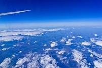 機中より雲と空(プラハ~ソウル)KE-936