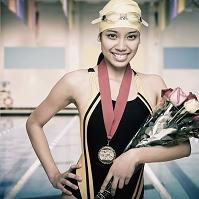 女子競泳選手