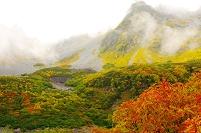 長野県 北穂高岳と紅葉の涸沢カール