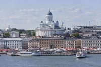 フィンランド ヘルシンキ 洋上より大聖堂