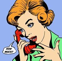 電話中に驚く女性