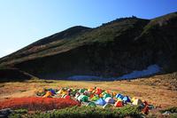 北海道 大雪山赤岳の避難テント村