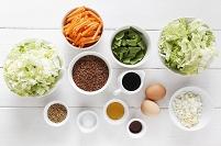 赤米と野菜炒め用の食材