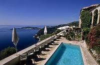 フランス エズ ホテルのプール
