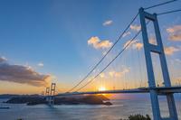 徳島県 朝の大鳴門橋