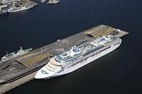 客船(サン・プリンセス)大桟橋