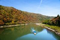 新潟県 紅葉と阿賀野川ライン下り