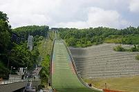 北海道 札幌市 大倉山ジャンプ競技場 夏季トレーニングの選手