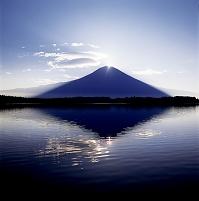 静岡県 富士山と田貫湖