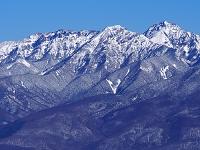 長野県 入笠山より(左から)横岳、阿弥陀岳、赤岳を望む