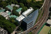 東京工業大学 太陽電池で被われた環境エネルギーイノベーション棟